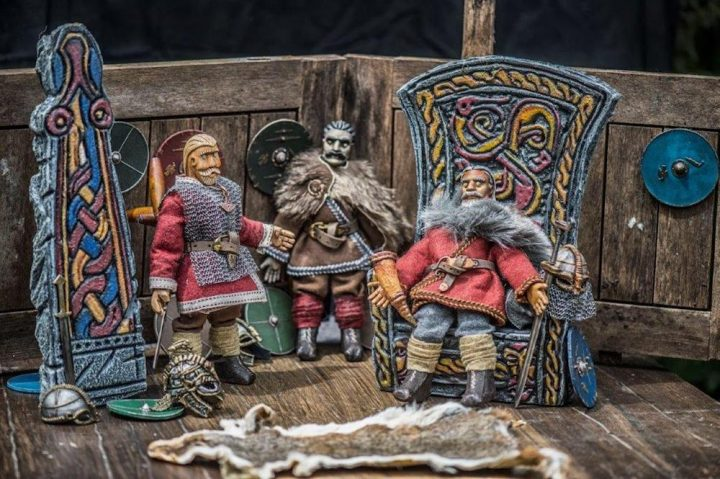 beowulf puppets