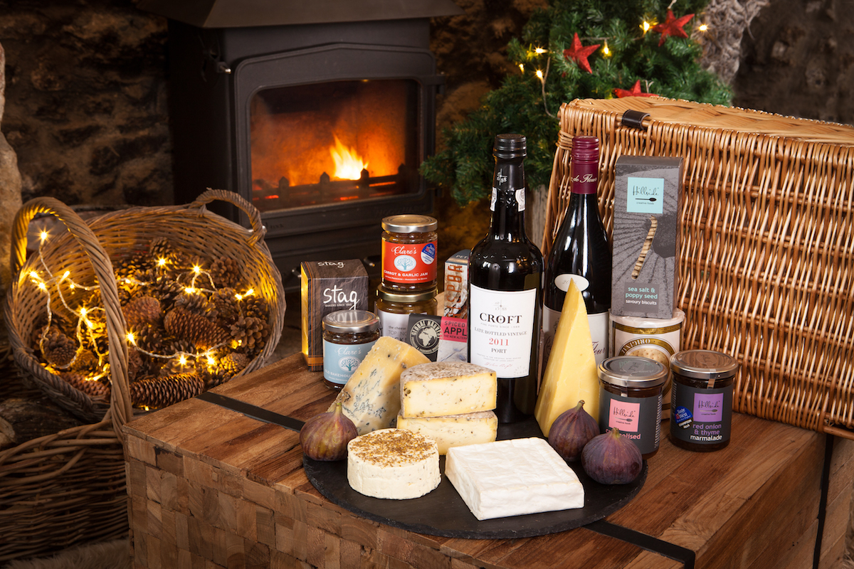 The Cheese Shed Ensemble Hamper