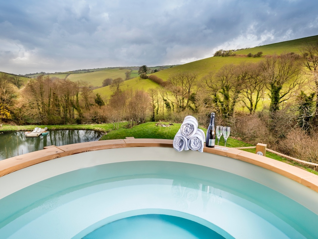 hot tub looking out to countryside