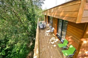 treehouse exterior cedar cladding decking chars