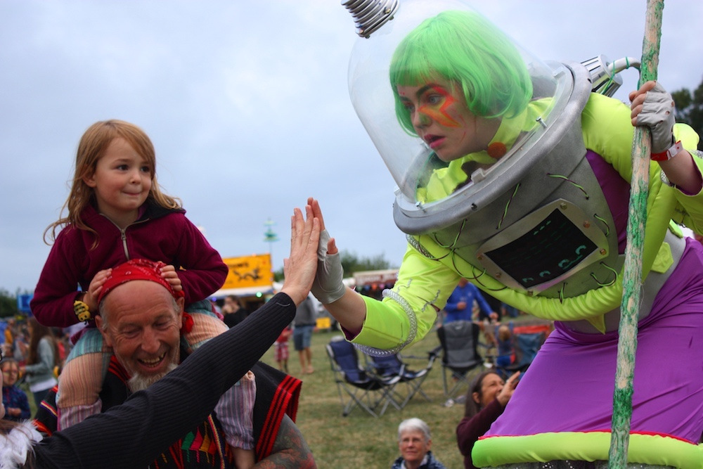 festival alien with children
