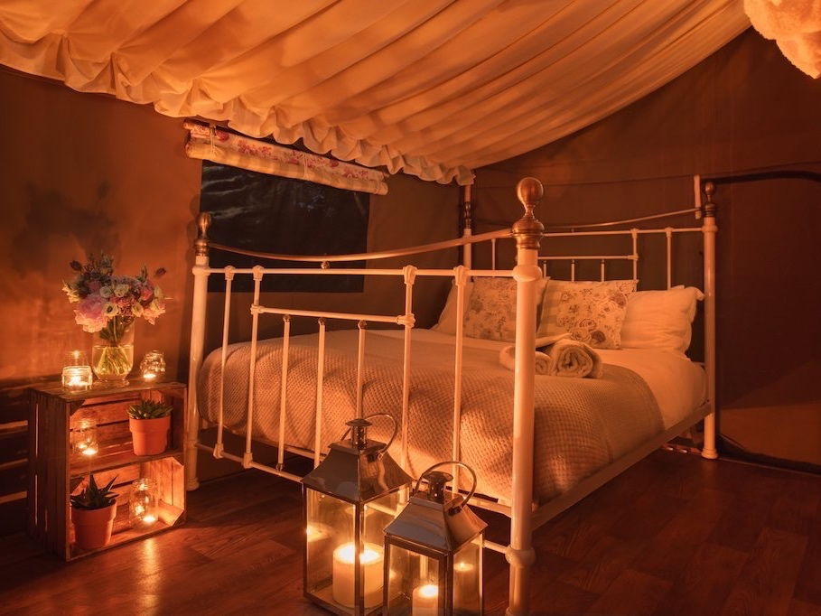 interior safari tent bed