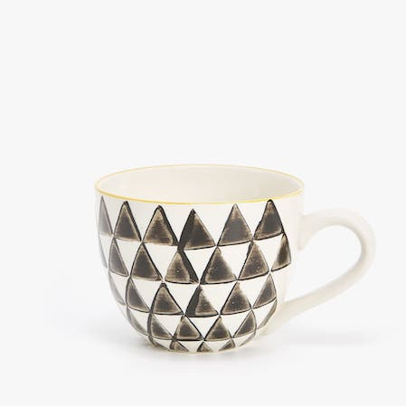 mug with triangle design